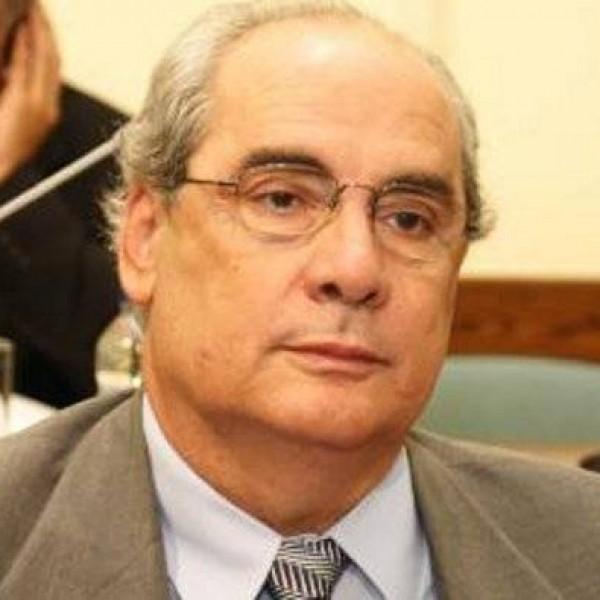 B. Mιχαλολιάκος: «Ο Σαμαράς θα αναλάβει την ευθύνη αν θα ζήσει ο Δήμος Πειραιά ή αν θα κλείσει»