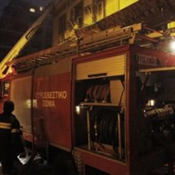Εμπρηστική επίθεση σε 3 αυτοκίνητα στο Πέραμα