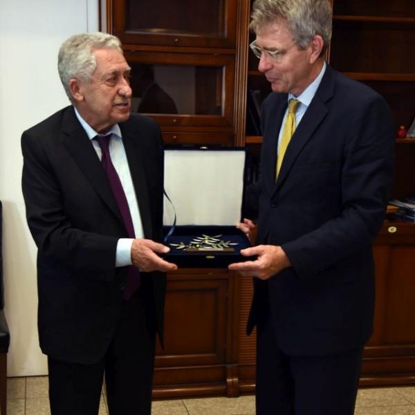 Διμερής Συνάντηση Κουβέλη με τον Αμερικανό Πρέσβη