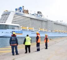 Υποδοχή νεότευκτων κρουαζιερόπλοιων στο λιμάνι του Πειραιά