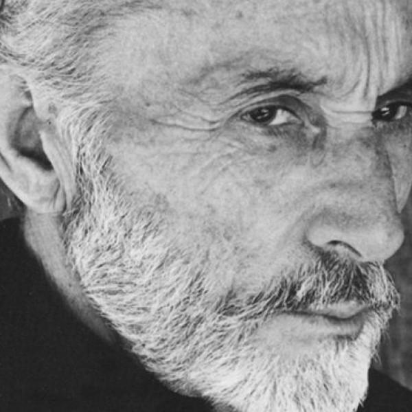 Σαν σήμερα έφυγε από τη ζωή ο Μάνος Κατράκης