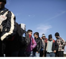 Ενήλικοι Πακιστανοί δηλώνουν ανήλικοι για να μπαίνουν σε δομές προσφύγων – Τι αποκαλύπτει η ΑΡΣΙΣ