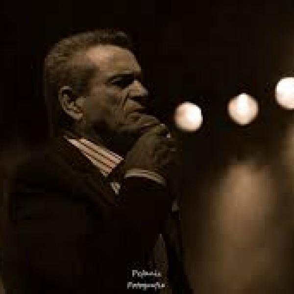 Ο Γιώργος Μαργαρίτης στο Δημοτικό Θέατρο Πειραιά