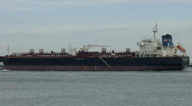 Πειρατές απήγαγαν 19 ναυτικούς από ελληνόκτητο δεξαμενόπλοιο
