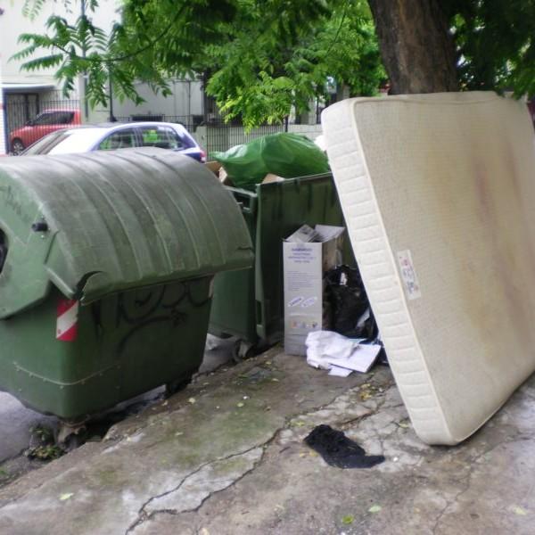 Πειραιάς: Ο πενταψήφιος αριθμός για τα ογκώδη αντικείμενα