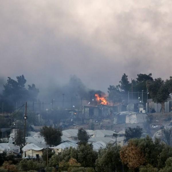Τόσο καιρό κρούαμε τον κώδωνα για τις φωτιές στη Μόρια, κύριοι κυβερνώντες