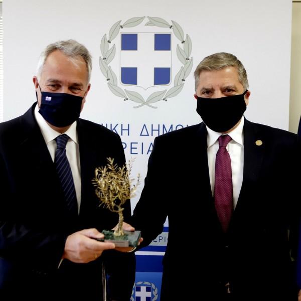 Στην Περιφέρεια Αττικής ο Υπουργός Εσωτερικών M. Βορίδης