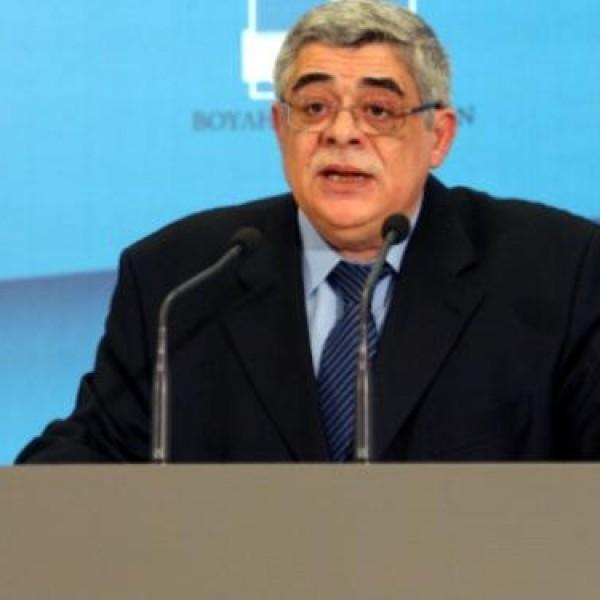 """Αρθρο Μιχαλολιάκου: """"Ψηφίζοντας ΝΔ δεν τιμωρείτε τον ΣΥΡΙΖΑ που τέλειωσε, τιμωρείτε την Ελλάδα"""""""