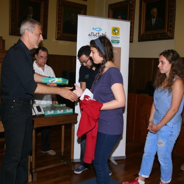 Βραβεύσεις μαθητών από τον Δήμαρχο Πειραιά