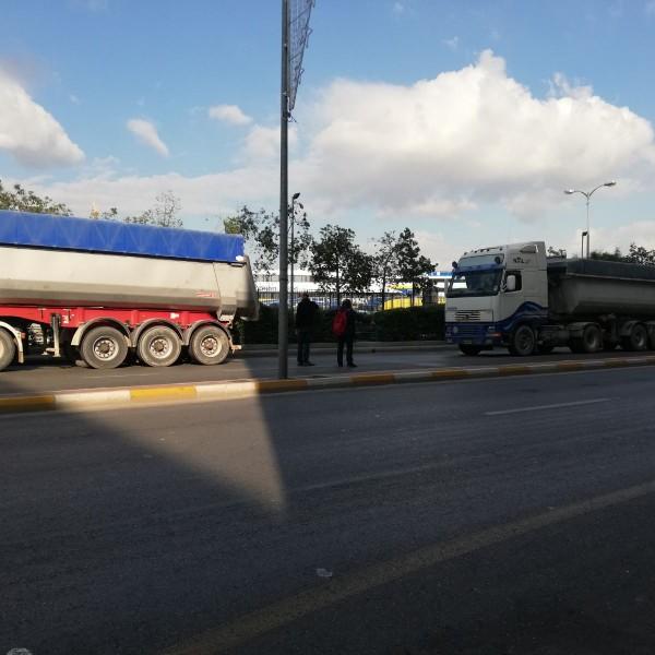 """Ν. Μπελαβίλας: """"Σταματήσαμε τα φορτηγά που μπαζώνουν την Πειραϊκή"""""""