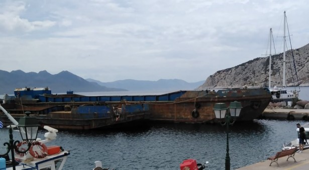 ΑΙΓΙΝΑ: Εργοτάξιο το λιμάνι της Πέρδικας στην έναρξη της τουριστικής περιόδου